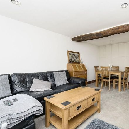 Rent this 2 bed house on Snaithing Lane in Sheffield S10 3LG, United Kingdom