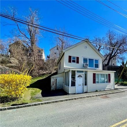 Rent this 3 bed house on 8 River Street in Town of Mount Pleasant, NY 10591
