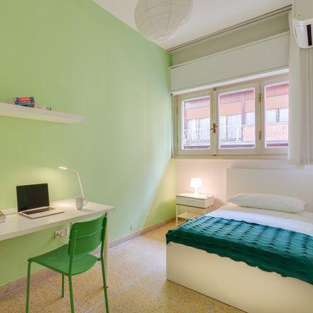 Rent this 7 bed room on Via Luigi Salvatore Cherubini in 13, 50120 Florence Florence
