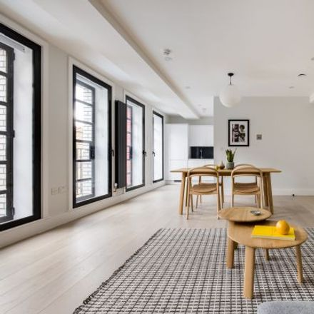 Rent this 3 bed apartment on De Hems Cafe Bar in 11 Macclesfield Street, London