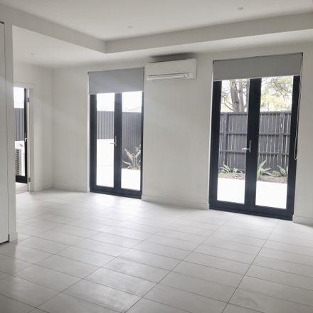 Rent this 1 bed apartment on 29 Belgrove Avenue