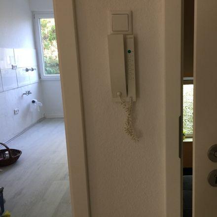 Rent this 3 bed apartment on Commerzbank Essen-Rüttenscheid in Rüttenscheider Straße 106, 45130 Werden
