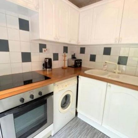 Rent this 2 bed apartment on 21 in 23 Gairloch Crescent, Redding