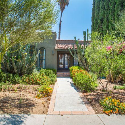 Rent this 3 bed apartment on 746 North Citrus Avenue in Los Angeles, CA 90038