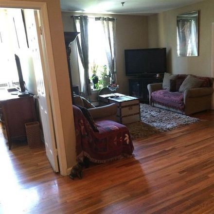 Rent this 2 bed condo on Barrow St in Jersey City, NJ