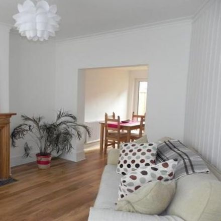 Rent this 2 bed house on Dudden Hill in Chaplin Road, London NW2 5PS