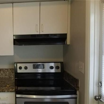 Rent this 3 bed house on 912 Northeast 12th Avenue in Pompano Beach, FL 33060
