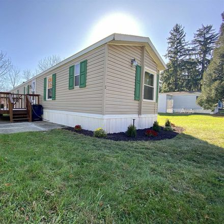 Rent this 3 bed house on Walnut Ln in Milton, NY
