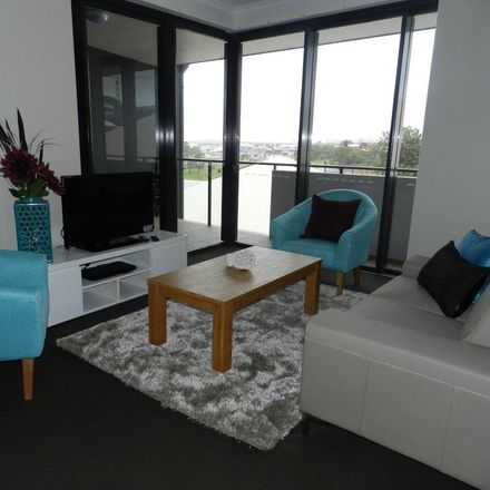 Rent this 2 bed apartment on 245/64 Glenlyon Street