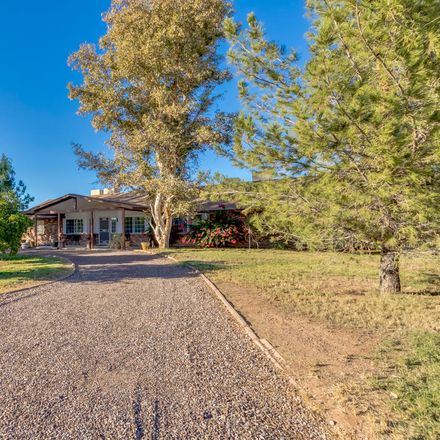 Rent this 4 bed house on 842 East Harwell Road in Gilbert, AZ 85234