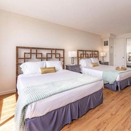 Rent this 2 bed condo on 444 Niu Street in Honolulu, HI 96815
