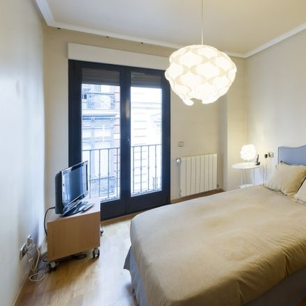 Rent this 2 bed apartment on Calle de San Marcos in 41, 28004 Madrid