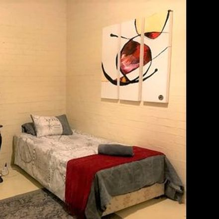 Rent this 1 bed room on Buitensingel Street in City Centre, Cape Town