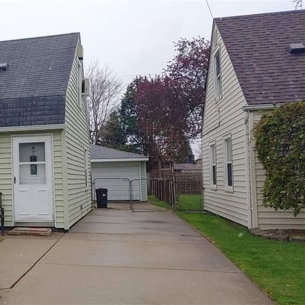 Rent this 3 bed house on Lincoln Ave in Eastpointe, MI
