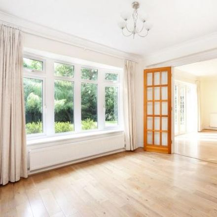 Rent this 6 bed house on Woodby Drive in Sunningdale SL5 9RD, United Kingdom