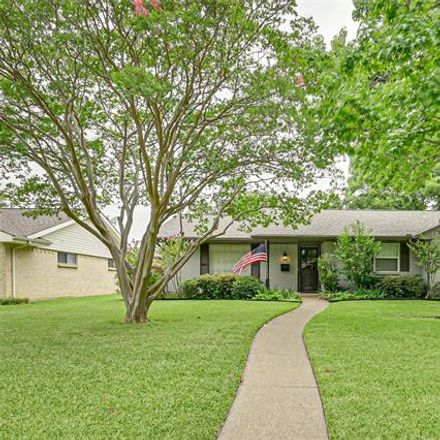 Rent this 4 bed house on 2871 Selma Lane in Farmers Branch, TX 75234