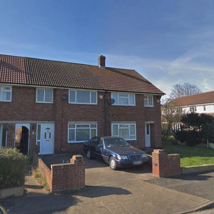 Rent this 3 bed house on Snowdon Crescent in London UB3 1RJ, United Kingdom