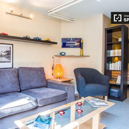 Rent this 1 bed apartment on Rue des Confédérés - Eedgenotenstraat 83 in 1000 Ville de Bruxelles - Stad Brussel, Belgium