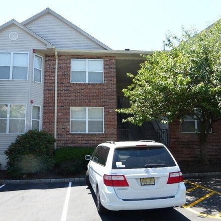 Rent this 3 bed condo on Donna Dr in East Hanover, NJ