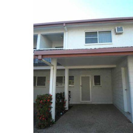 Rent this 2 bed townhouse on 2/17 Lowth Street