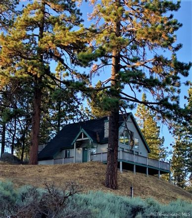 Rent this 3 bed loft on 25980 Jacaranda Dr in Tehachapi, CA