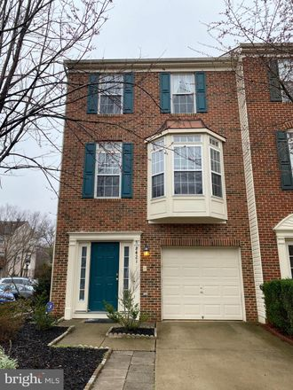 Rent this 3 bed townhouse on Hallie Rose St in Alexandria, VA