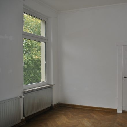 Rent this 5 bed apartment on Poststraße 5a in 38350 Helmstedt, Germany