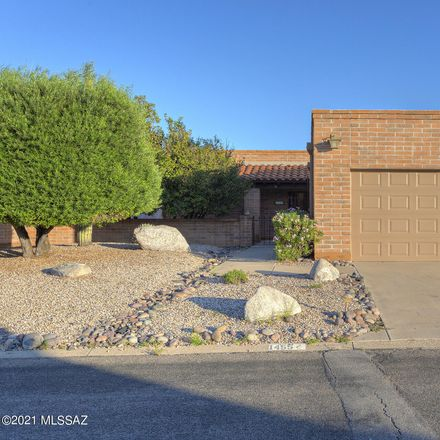 Rent this 2 bed house on W Via de Roma in Green Valley, AZ