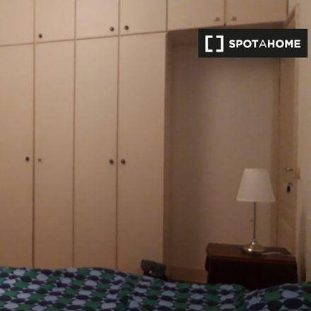 Rent this 4 bed apartment on Rue Lens - Lensstraat 29 in 1050 Ixelles - Elsene, Belgium