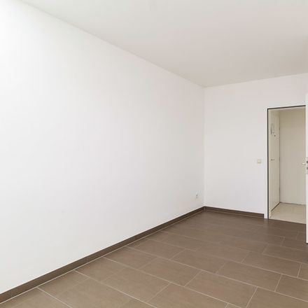 Rent this 2 bed apartment on Buschallee 78 in 13088 Berlin, Germany