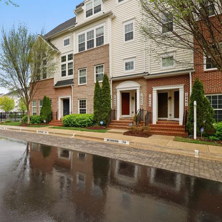 Rent this 3 bed condo on 19461 Dover Cliffs Circle in Germantown, MD 20874