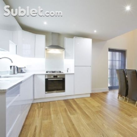 Rent this 3 bed apartment on 140 Southampton Street in Reading RG1 2RD, United Kingdom