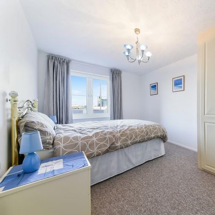 Rent this 1 bed apartment on Plymouth Wharf in London, United Kingdom