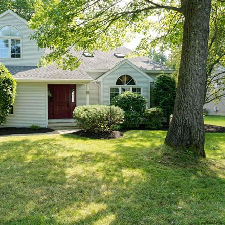 Rent this 3 bed house on Dana Joelle Dr in Schenectady, NY