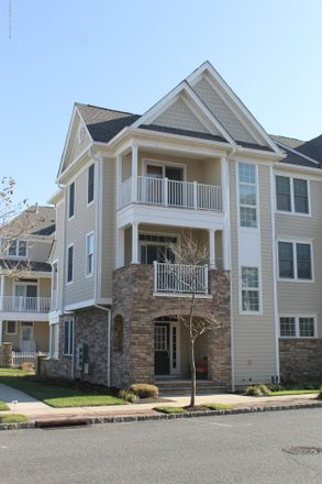 Rent this 4 bed condo on 43 Grant Street in Long Branch, NJ 07740
