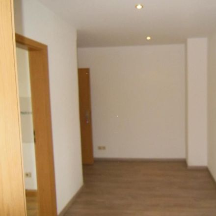 Rent this 2 bed apartment on Tschirchstraße 13 in 07545 Gera, Germany
