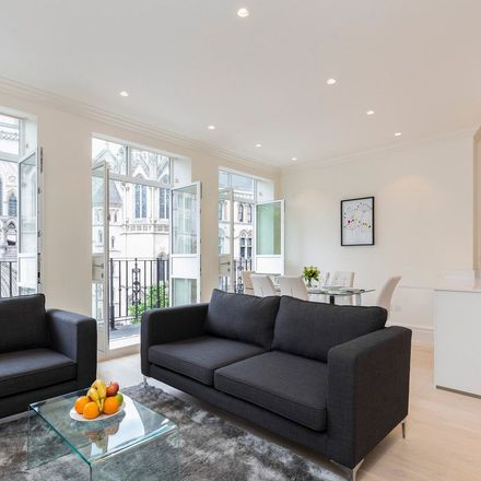 Rent this 3 bed apartment on 12 Devereux Court in London, WC2