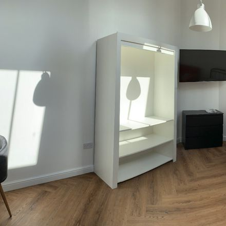 Rent this 1 bed apartment on Beverley Road in Hull HU6 7HS, United Kingdom
