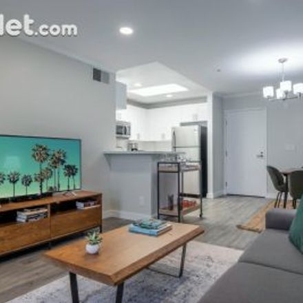 Rent this 1 bed apartment on 1231 Federal Avenue in Brentwood, CA 90025