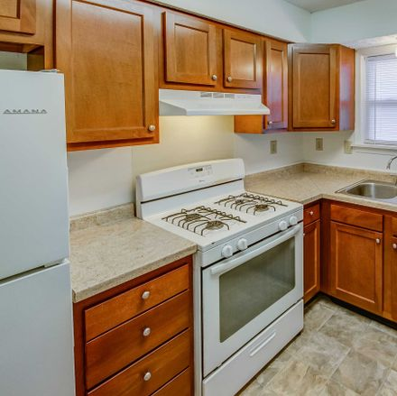 Rent this 3 bed apartment on 683 Ransburg Drive South in Carmel, IN 46032
