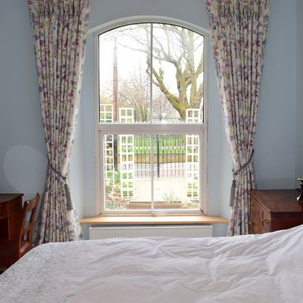 Rent this 4 bed apartment on King's Inns Court in Arran Quay A ED, Dublin
