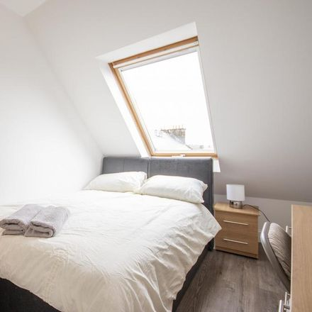 Rent this 1 bed room on Mobile Tech in 136 Nicolson Street, City of Edinburgh EH8 9BY