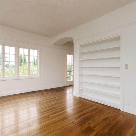 Rent this 1 bed apartment on 970 Vermont Street in Oakland, CA 94610