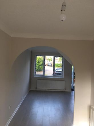 Rent this 2 bed house on Woodbury Close in Swindon SN5 5UH, United Kingdom