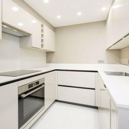 Rent this 3 bed apartment on Swiss Cottage Exit 4&5 in Swiss Terrace, London NW6 4RR