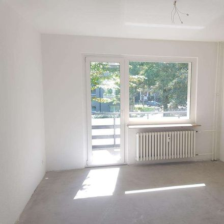 Rent this 3 bed apartment on Friedhofstraße 30 in 47139 Duisburg, Germany