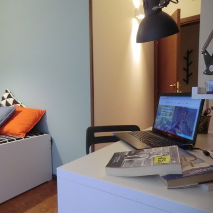 Rent this 5 bed room on Via S. Roberto Bellarmino in 6, 35126 Padova PD