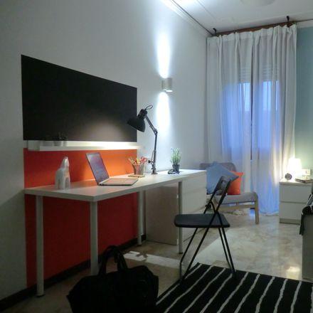 Rent this 9 bed room on Via Francesco Beltrame in 9, 35138 Padova PD