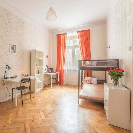 Rent this 3 bed room on Wólczańska 43 in 95-100 Łódź, Polska
