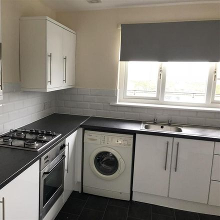 Rent this 2 bed apartment on 40 Linnhe Crescent in Wishaw, ML2 0NT